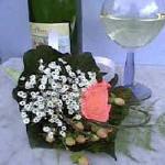 Corsage maken met enkele bloemen voor feesten (huwelijk) - corsage ter hoogte van de borst