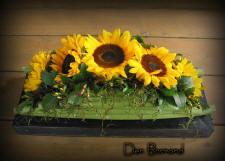 bloemstuk, tafel, tafelstuk, maken, kopen, bestellen, online, verzenden, bloemenwinkel, bloemstukje, zonnebloemen, bloemen, soorten, bloemstukjes, bloemschikken