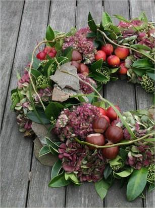 herfst, krans, herfstkrans, maken, knustelen, hobby, najaar, winter, kerst, kransen, bloemstuk, bloemschikken