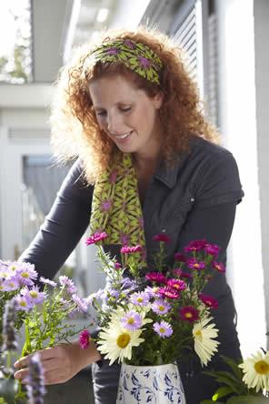 Pluktuin, bloemen plukken, bloemen uit eigen tuin, zelf bloemenruiker maken, bloembinden met eigen bloemen, zelf bloemschikken, bloemen uit de tuin plukken