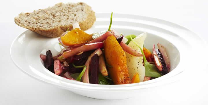 Lekkere salade met vergeten groenten, oude groenten, vergeten groenten , recepten met groenten, koken met groenten