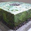 Bloemschikken: klimopbladeren met jeneverbessen
