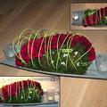 Eenvoudig bloemstuk voor de feesttafel