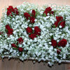 Eenvoudig bloemschikken met rode rozen voor uw Valentijntje
