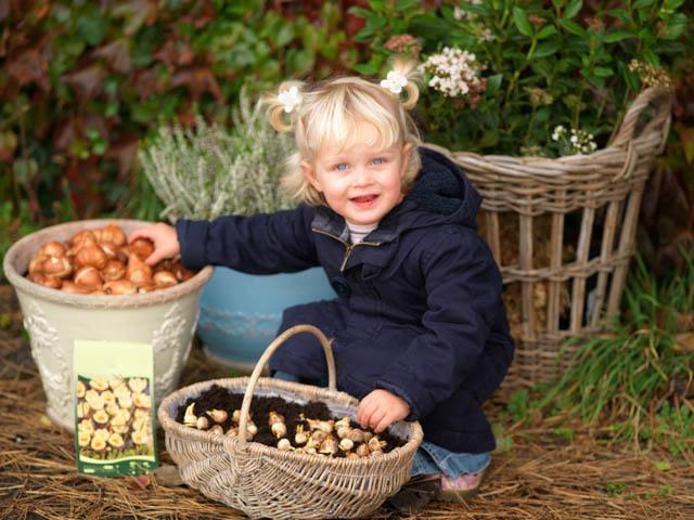 Bloembollen planten met kinderen
