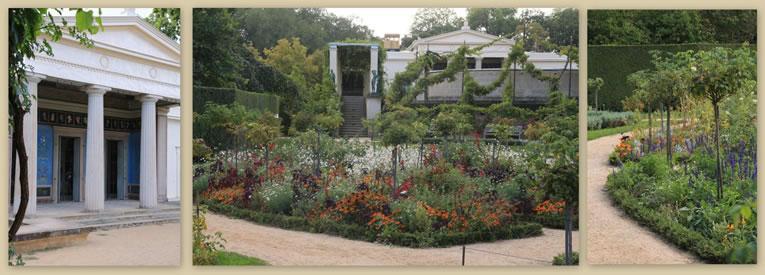 De Charlottenhof, een kleiner zomerverblijf met een zeer mooi tuintje vol zomerbloeiers, hier aangeplant in wildverband.