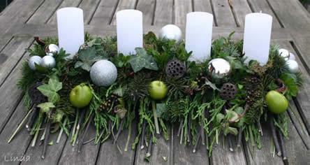 Zelf een adventskrans maken. leer bloemschikken stap voor stap