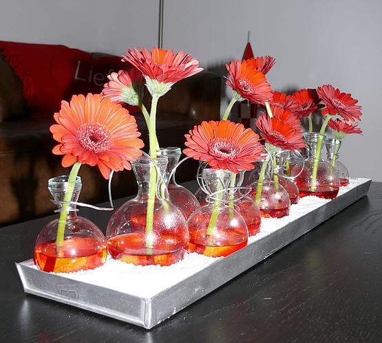 Valentijn bloemstukken maken met rode bloemen
