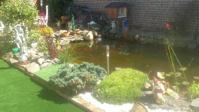 Foto uit de tuin van verdickt marc - Foto van tuin vijver ...