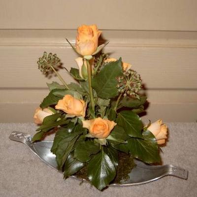 Schaaltje met rozen