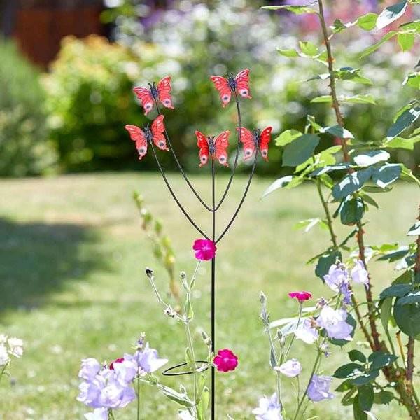 Vlinderfamilie plantensteun