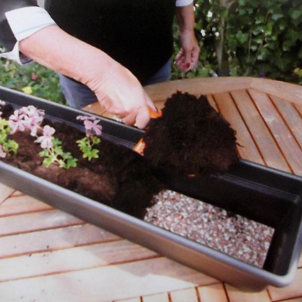 Watermat voor bloembakken met kunstmest