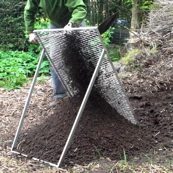 Grote tuinzeef voor compost grond