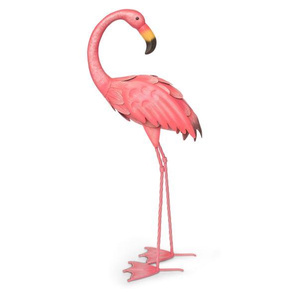 Flamingo in metaaltuinbeeld