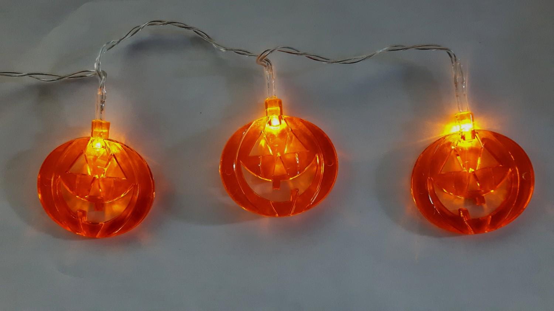 Halloween pompoenslinger led