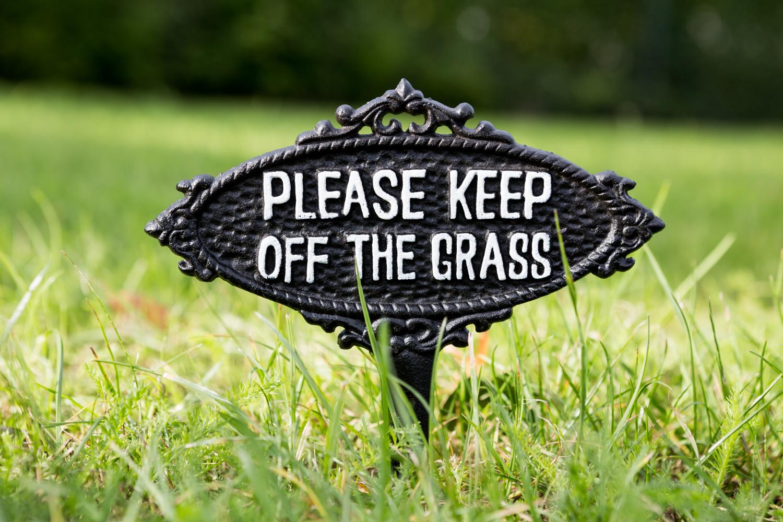 Keep off the grasstuinprikker ijzer