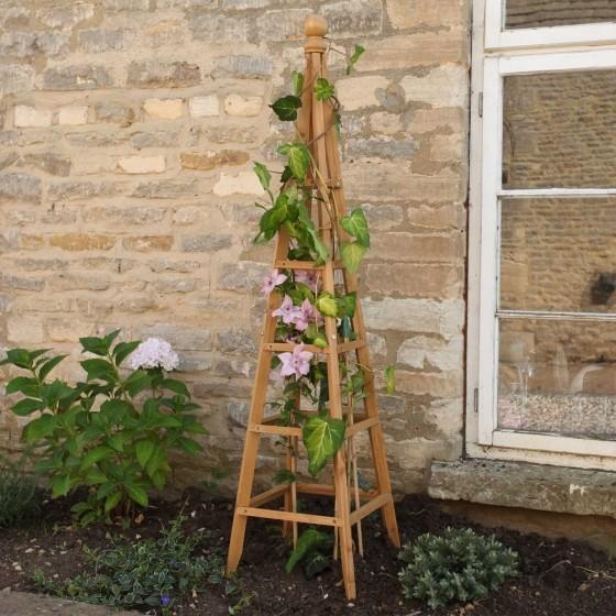 Obelisk in hout 150 cm