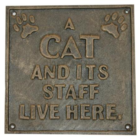 A cat and its staff live here