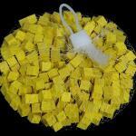 Houten blokjes geel 1 cm