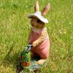 Konijn als tuinvrouwtje