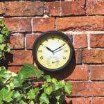 Wandklok met thermometer - binnen en buiten