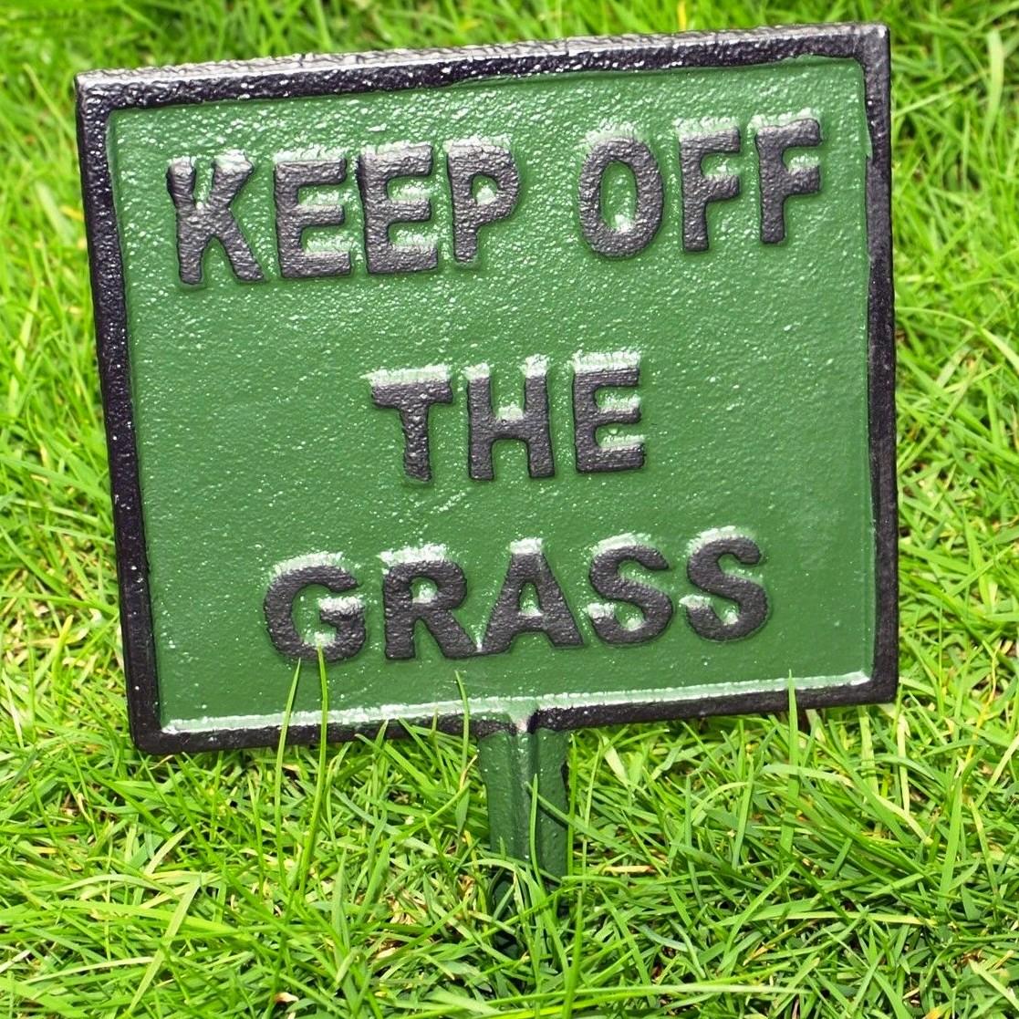 GazonplaatKeep off the grass