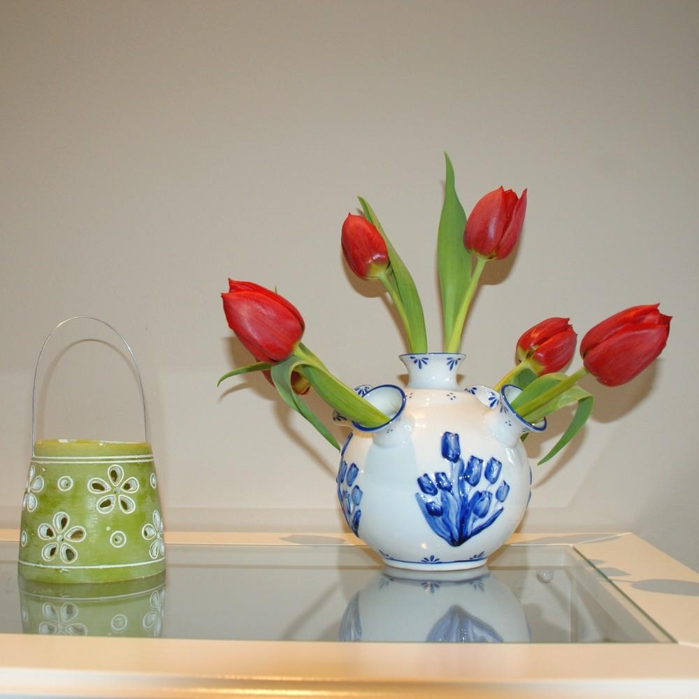 Tulpenvaas in porselein