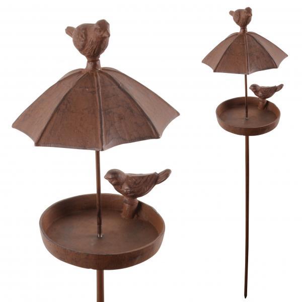 Voederschaal met paraplu als afdak