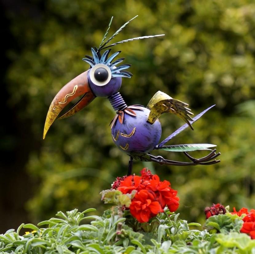 Vogel Flighty op pinmetaal