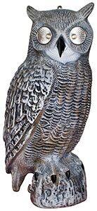 Vogelverschrikker uil met lichtgevende ogen