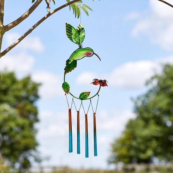 Windspel kolibri en bloem